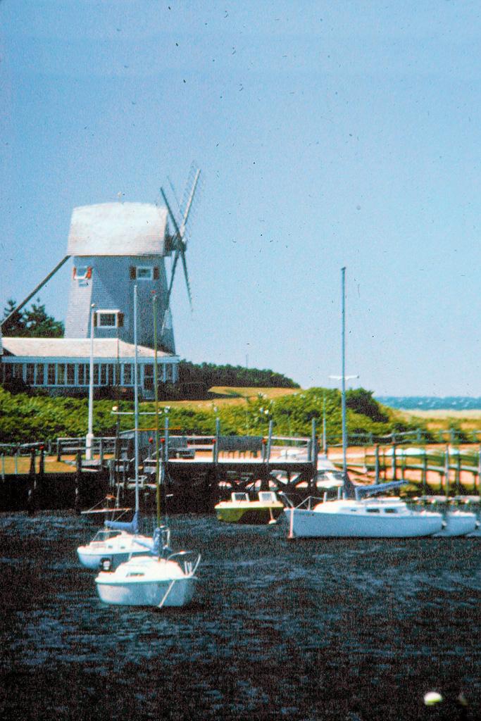 Windmill-At-Harwichport.jpg