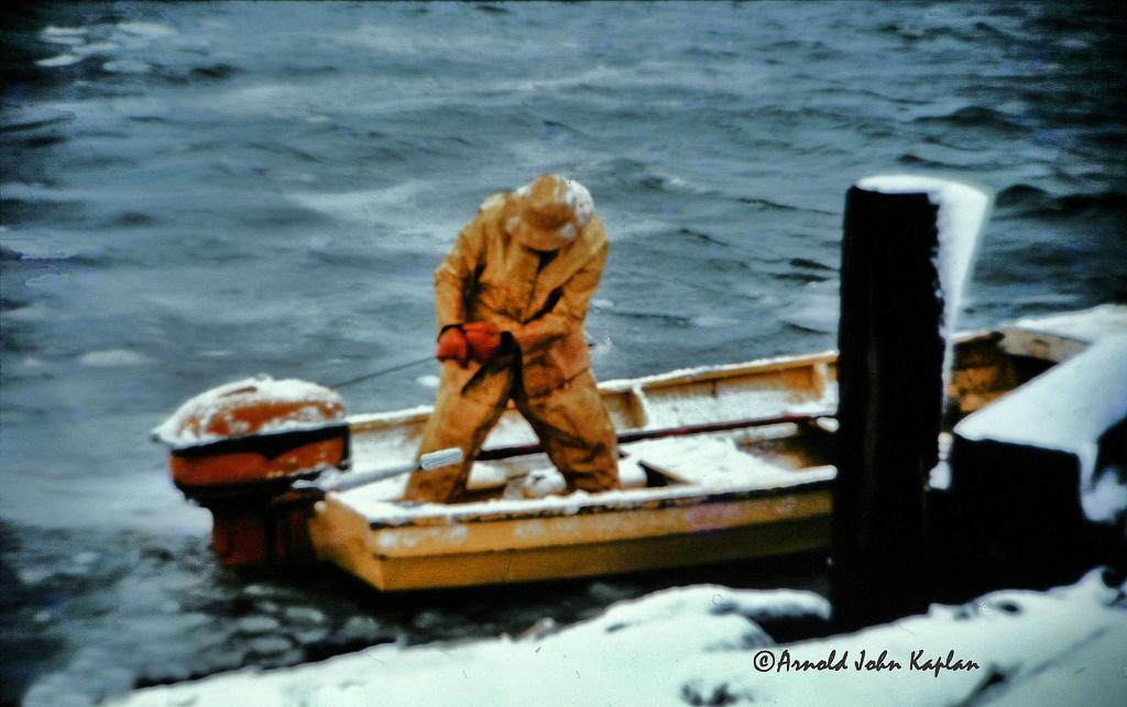 Yellow-Fisherman.jpg