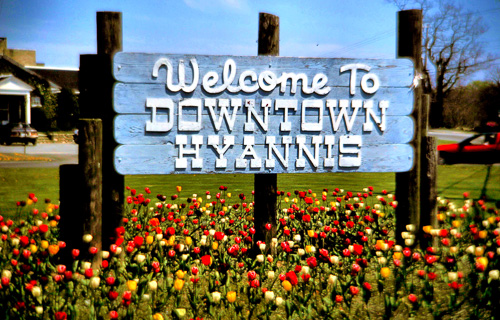 Welcome-Hyannis-Sign.jpg
