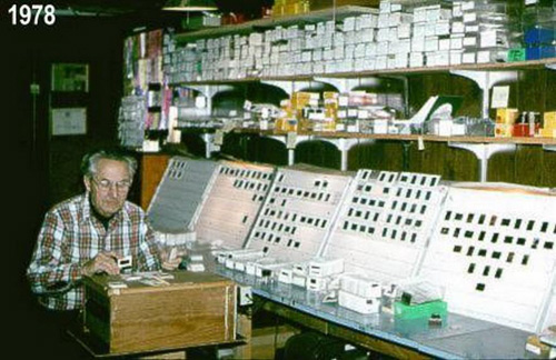 Arnold-At-Slide-Trays-1978-.jpg