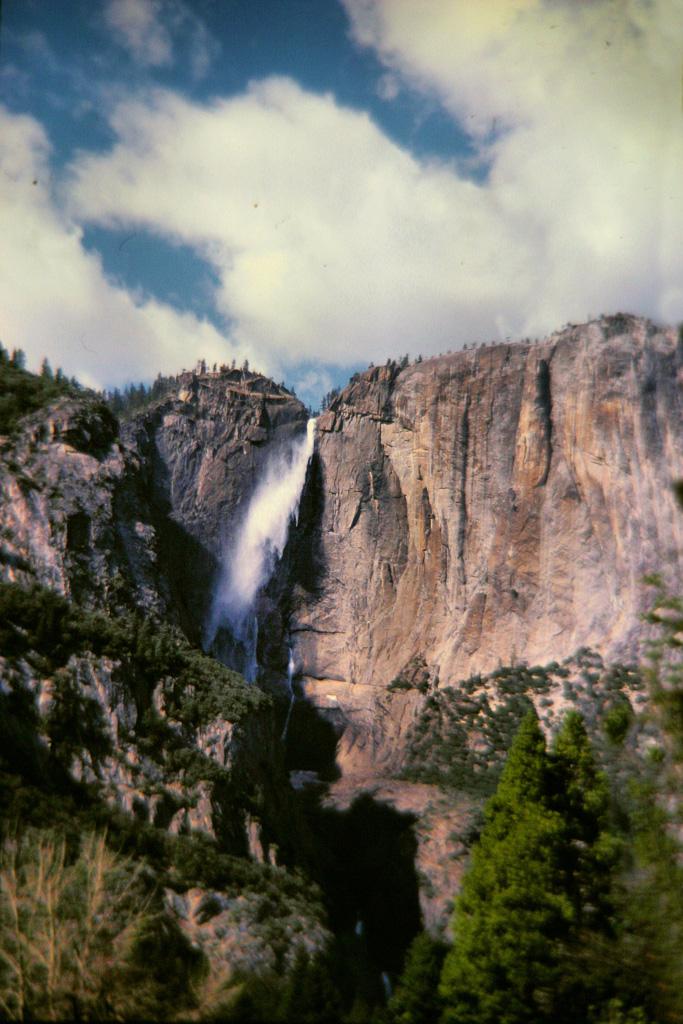 Yosemite-Falls--2.jpg