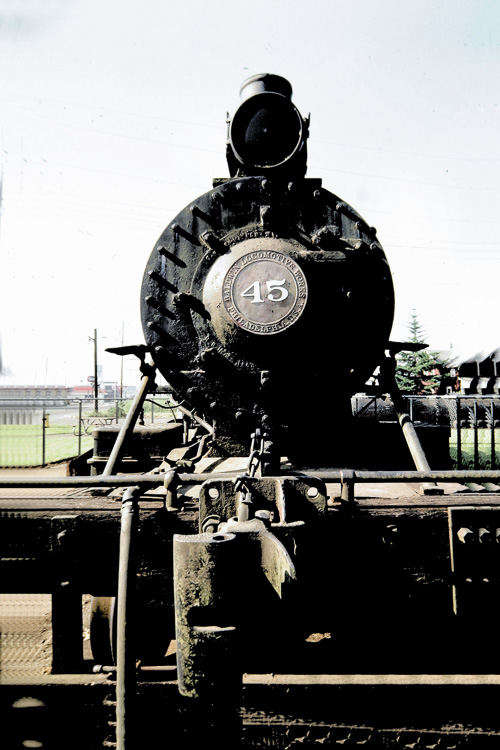 Old-Steam-Engine.jpg