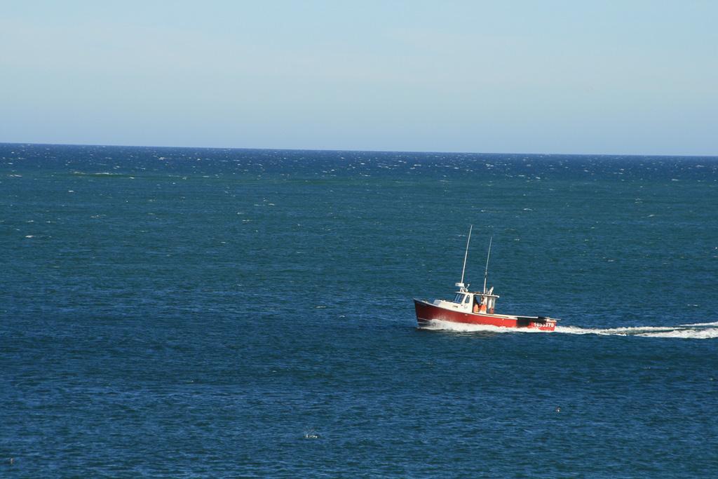 Lobsteer-Boat-At-Sea.jpg