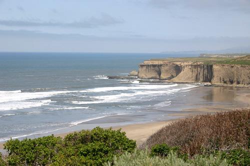 Calif-Coastline-Cliffs.jpg