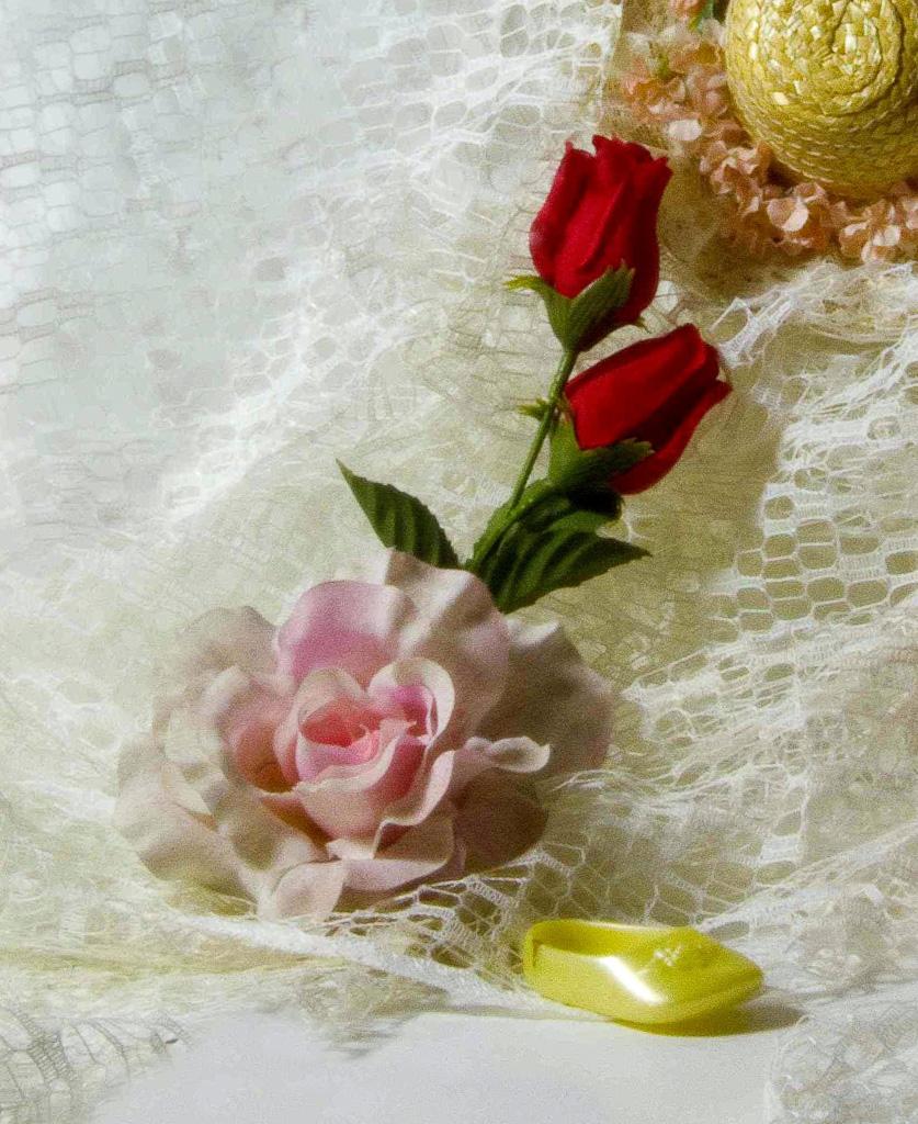 High-Key-With-Roses.jpg