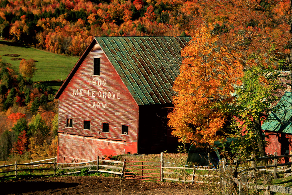 Maple-Grove-Farm-Built-1902.jpg